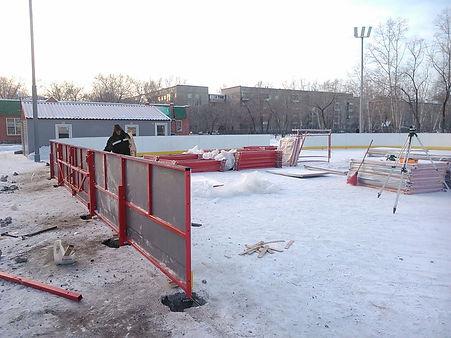Спортивный хоккейный корт монтаж
