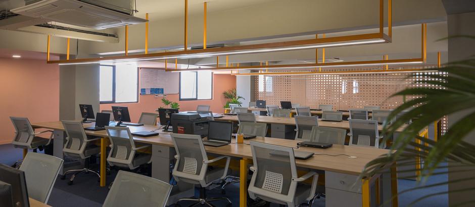 Studio Saransh Designs a Vibrant and Flexible Workspace in Ahmedabad