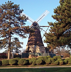 Fischer Windmill, Elmhurst IL