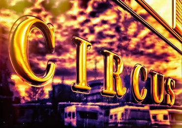 circus-3196457_1920.jpg