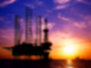 us-oil-rig-count-falls-for-the-first-time-in-24-weeks-ending-record-streak.jpg