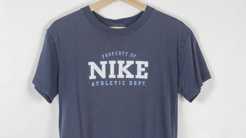4f4736562 Vintage Nike Tee for the Ladies. Great condition, label reads a true Women's  M. MADE IN USA!