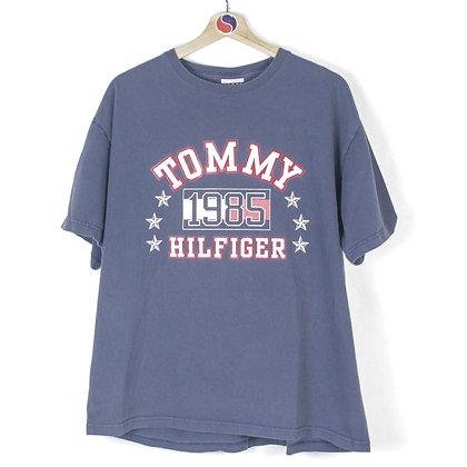 90's Tommy Hilfiger Tee - L