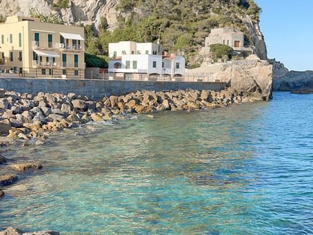 VARIGOTTI : tutto quello che devi sapere di questo borgo Ligure