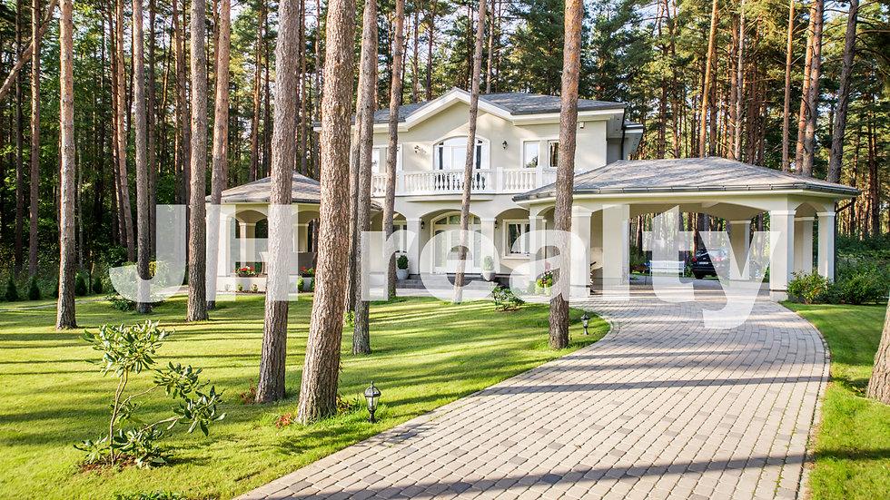 Купить дом в Юрмале, в сосновом лесу Вайвари
