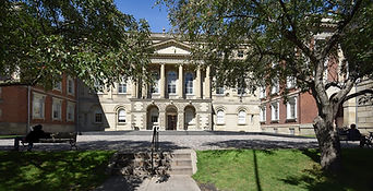 The Law Society of Ontario. Osgoode Hall, 130 Queen Street West Toronto, Ontario, Canada M5H 2N6, frontal view
