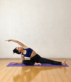 En-linea-shala prema-tipos-de-yoga-flow-