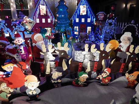 Winte Snowland Santa's Sleigh