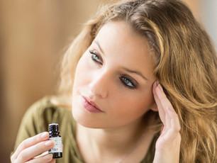 Eterinių aliejų galia: kurie malšina stresą, gerina miegą ir suteikia energijos?
