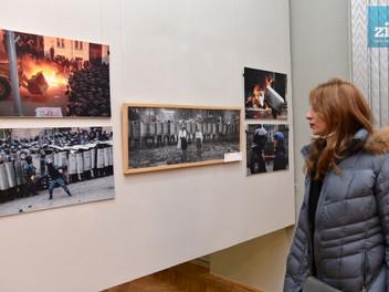 «Між війною і миром. Україна – Ізраїль»: у Львові відкрили фотовиставку.