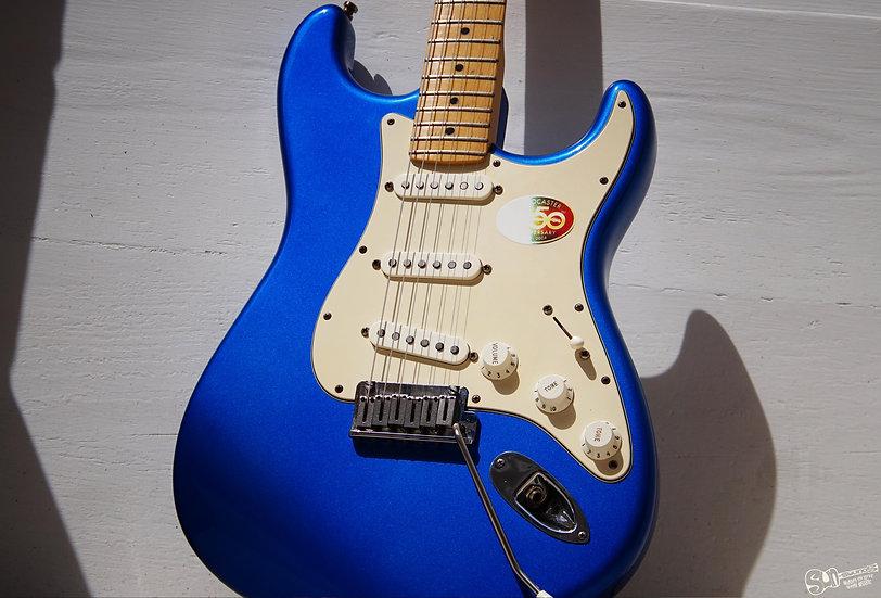 Fender Stratocaster in Chrome Blue
