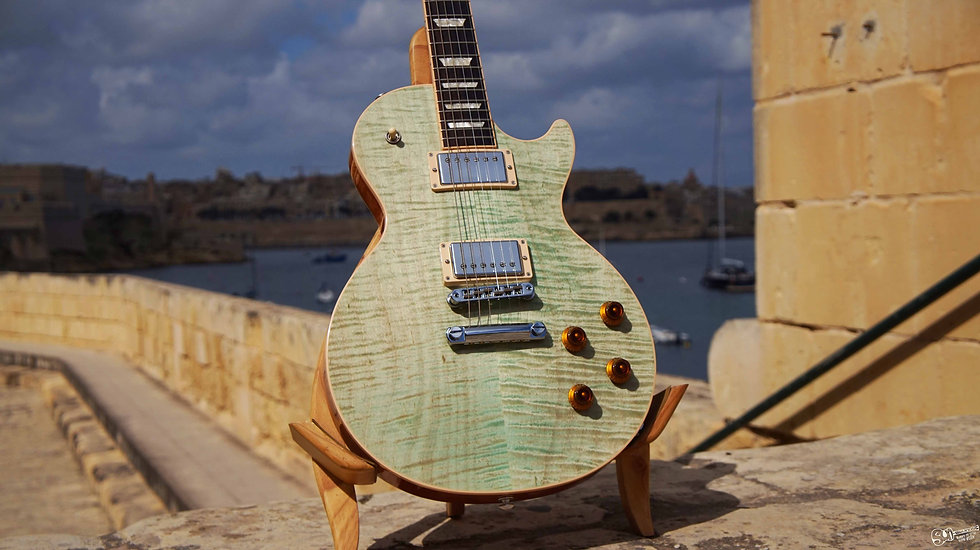 gibson les paul in malta