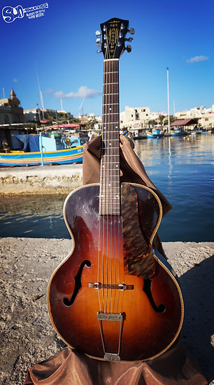 Rex Aragon, Guitar
