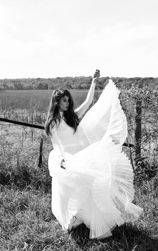 Kansas City Fashion Photography Model Bella Donna Kansas Fields