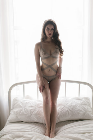 Kansas City Boudoir Model Inspiration Be