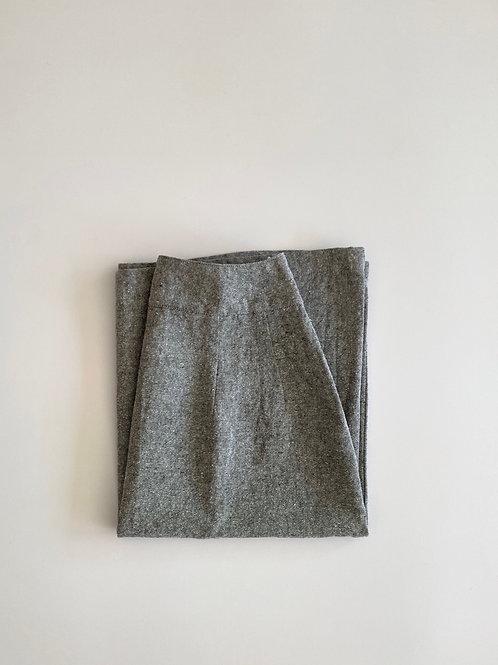 シルクリネンのヨーク切替スカート