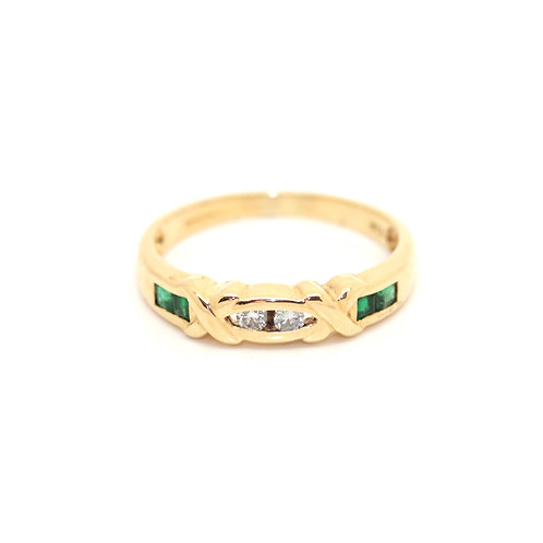Fancy Emerald And Diamond Ring