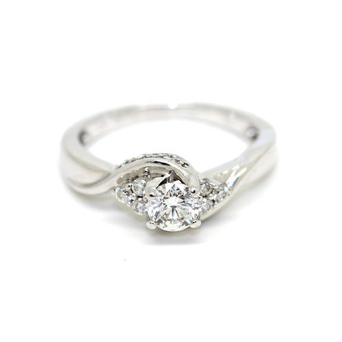 0.75ct Solitaire Diamond Ring