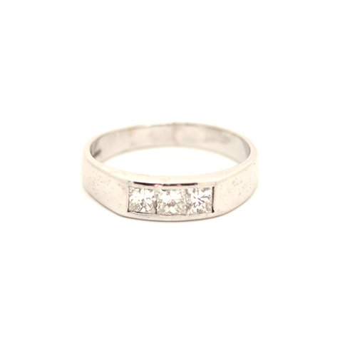 Modern Three stone diamond Ring