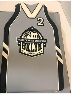 brooklyn bridge basketball jersey cake