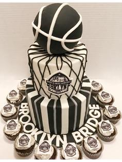 brooklyn bridge basketball cake
