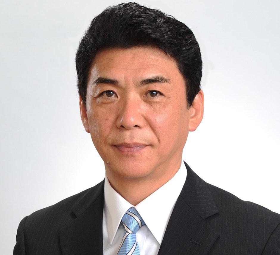 関貫久仁郎市長プロフィール写真2.jpg