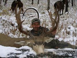 mule-deer-hunt2007-08.jpg