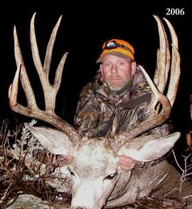 mule-deer-hunt2006-01.jpg
