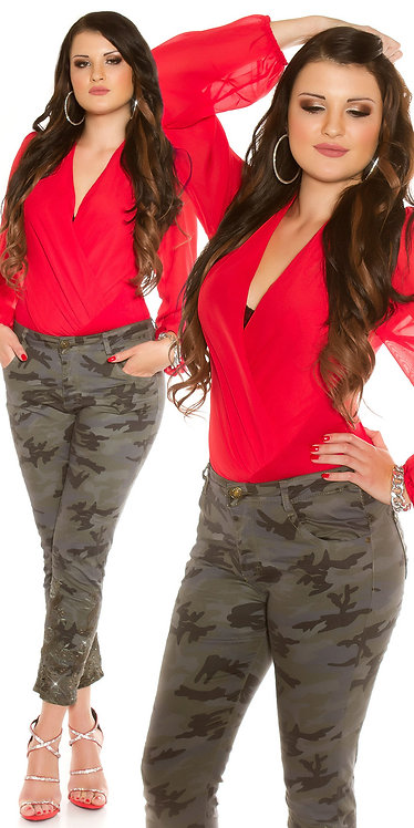 Curvy Girls! Sexy camouflage jeans with rivets