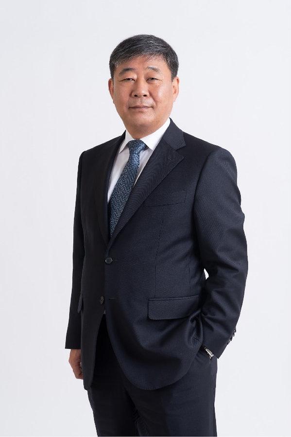 02-profile-jo-gue-jin@2x.jpg