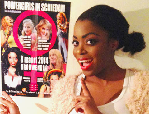 Kizzy with Vrouwendag Poster.jpg