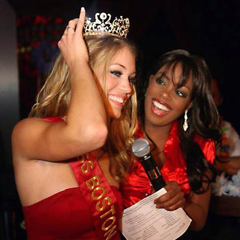 Kizzy crowns Miss Boston at the Miss Boston beauty pageant