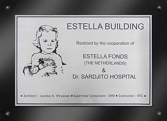 Pag-Estalla-fonds-plaquette-Estella-buil