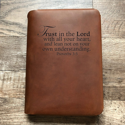 Trust in the Lord - Travel Cut - Refillable Leather Folio