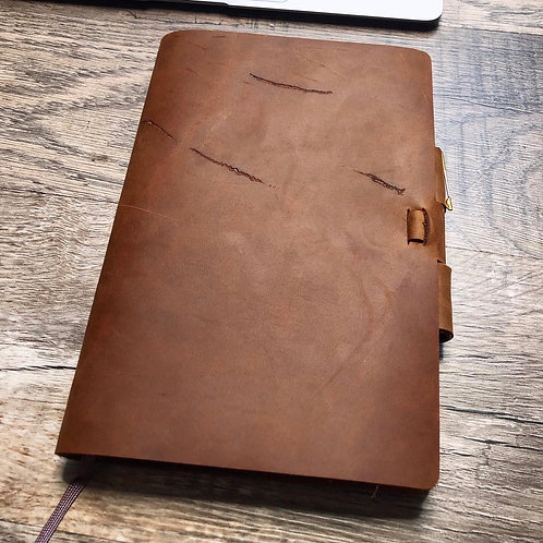 Imperfect Classic Cut - Murdy No. 2 Refillable Leather Journal