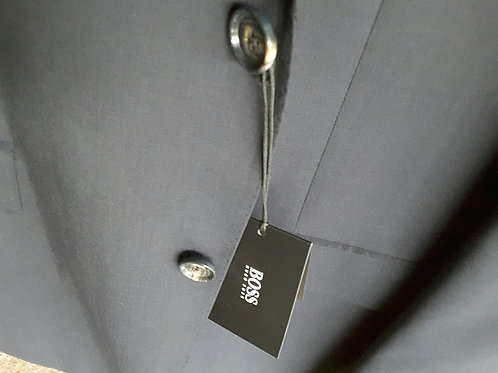 HUGO BOSS MEN SUIT