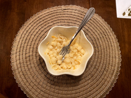 CRAZY CHEESE LADY MAC + CHEESE