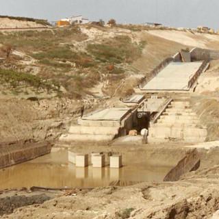"""""""Laura Dam"""" on Mendola River, Campobello di Licata (AG)"""