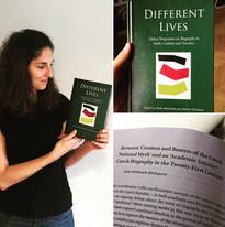 Jana Wohlmuth Markupová a její kapitola o českém biografickém výzkumu v knize Different Lives, vydané v nakladatelství Brill.