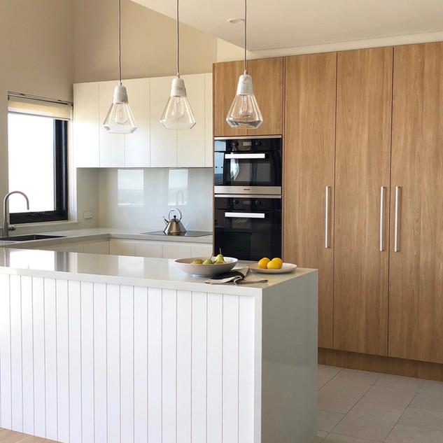 Wollongong Beach   Kitchen
