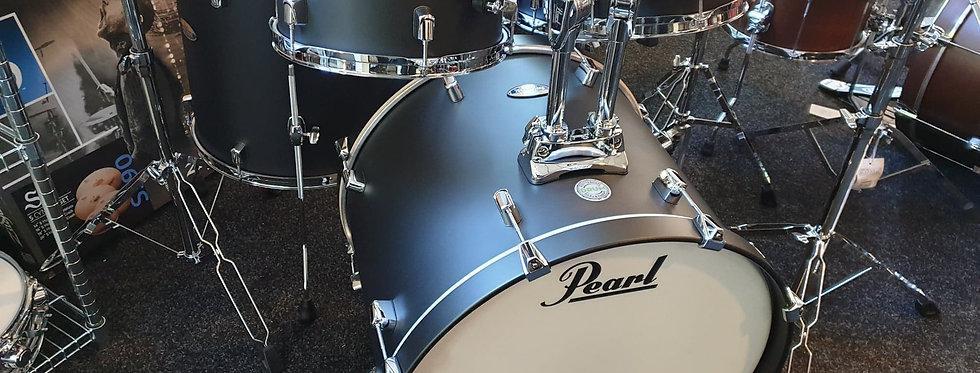 Pearl Decade in Satin Slate Black