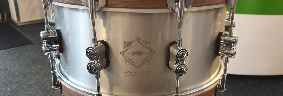 PDP by DW Concept Select 14x6.5 Cast Aluminum (w Walnut Hoops)