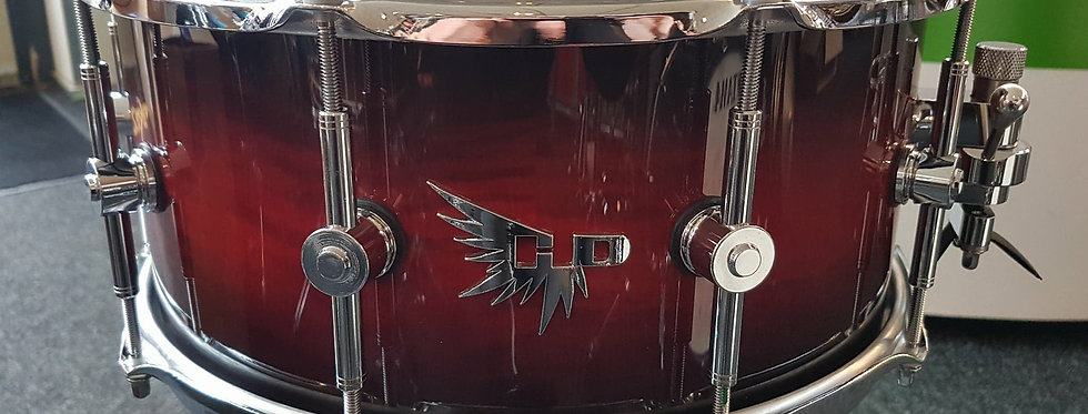Hendrix Drums Hendrix Drums 14x6.5 Archetype Curly Maple Red Black Burst