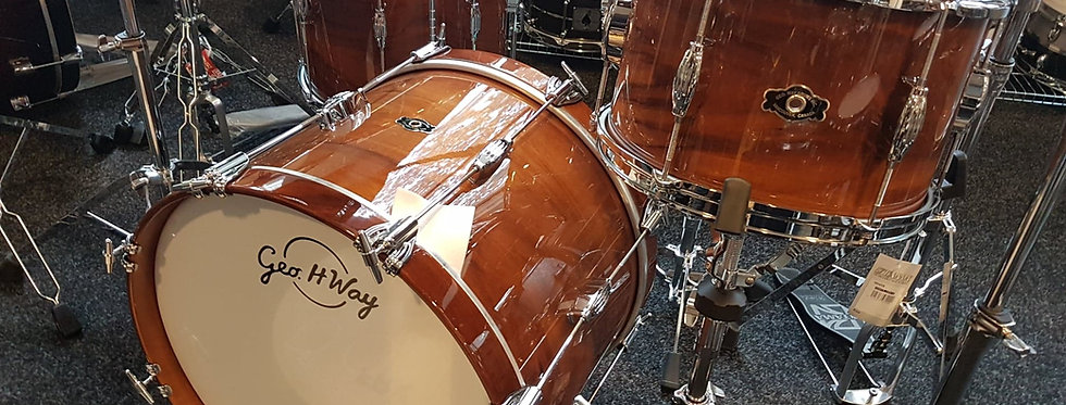 "George Way ""Carter McLean"" Signature shell set"