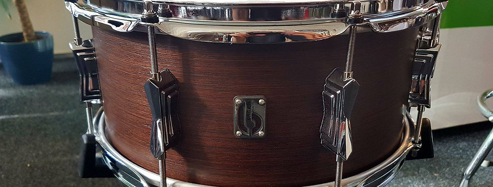 British Drum Co. Lounge serie 14x6.5 snare in Kensington Crown