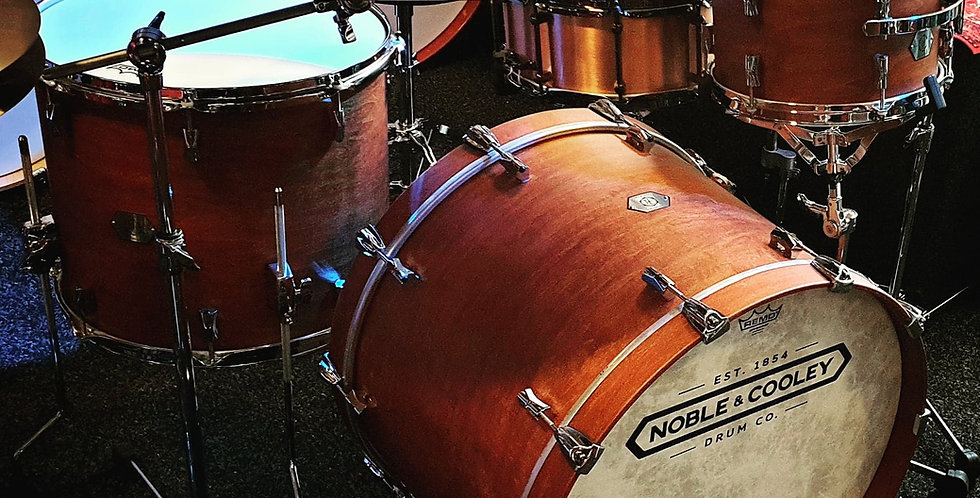 Noble & Cooley  Horizon in Honey Maple Matte finish