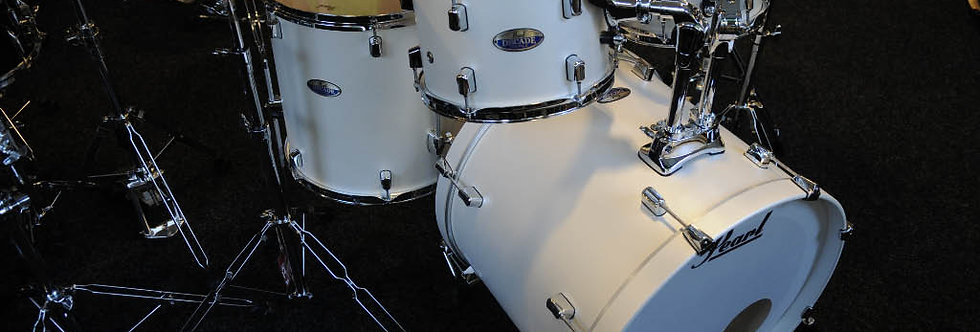 Pearl Decade in White Satin Pearl