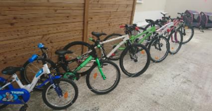 plusieurs vélos enfant