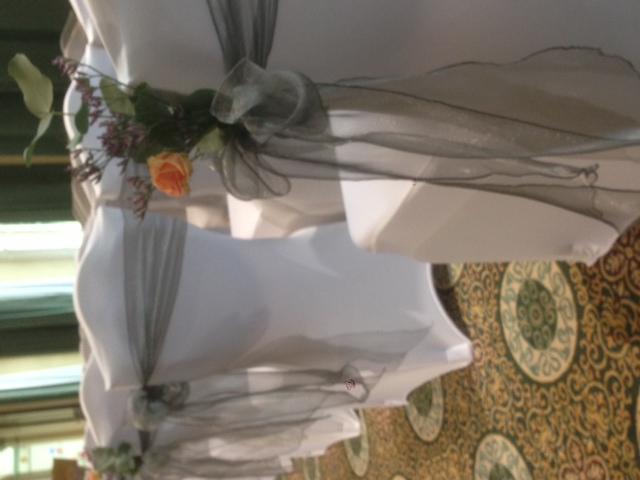 Silver grey with flowers - Woburn SG