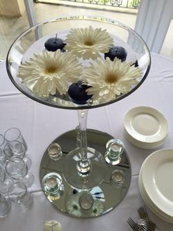 Martini - white and navy